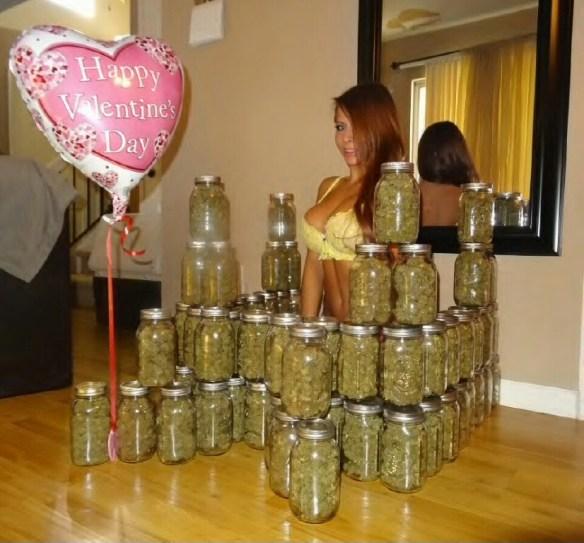 Madison Ivy pothead stoner weed smoker