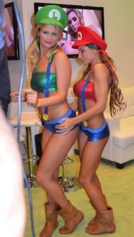 Madison Ivy pornstar extraordinaire Heather Scarlet