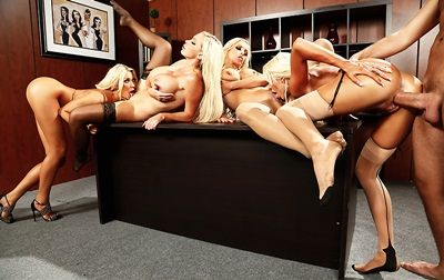 courtney_taylor_nikki_benz_nina_elle_summer_brielle_office_4_play_vi.jpg