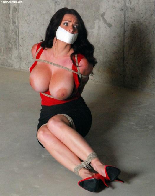 Goldie Blair bondage porn 02