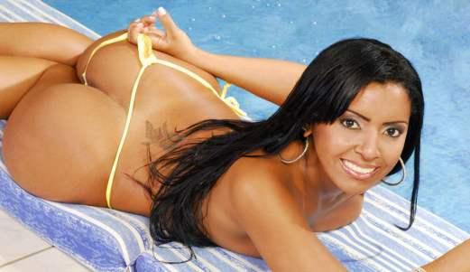 joyce-oliveira-Brazilian-perfect-ass