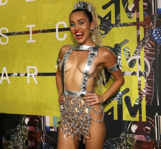 Miley Cyrus-vma-fashion