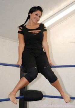 Becky Bayless feet 6
