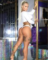 Christy Mack blonde ASS