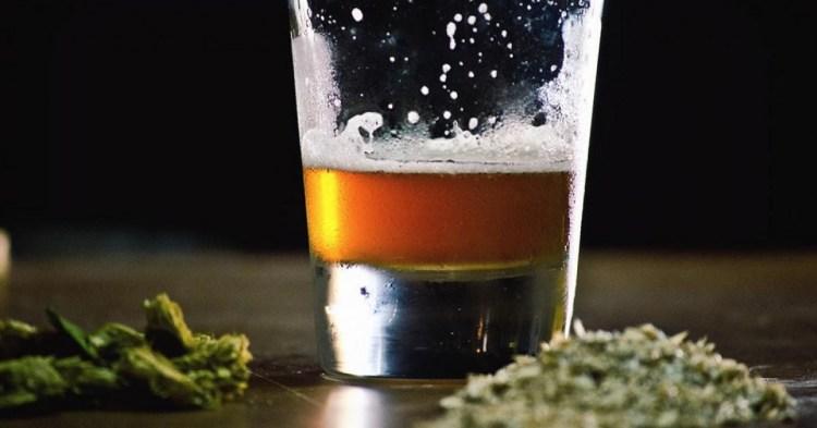 Combinar alcohol y marihuana: sus efectos en el cerebro