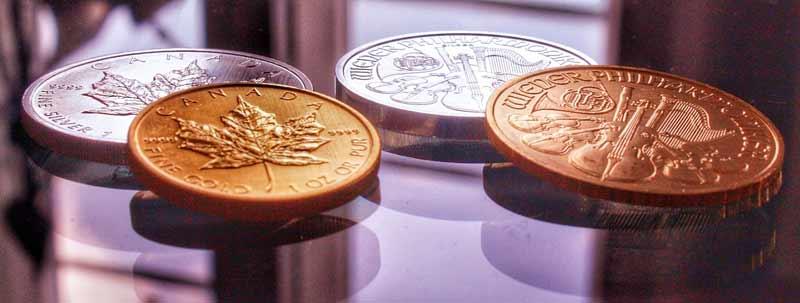 Eher nicht geeignet für die Supermarktkasse: Gold- und Silbermünzen als Geldanlage.