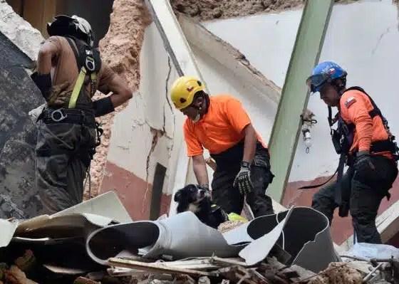 Beirut: detectan latido de un corazón bajo escombros después de explosión en Libano