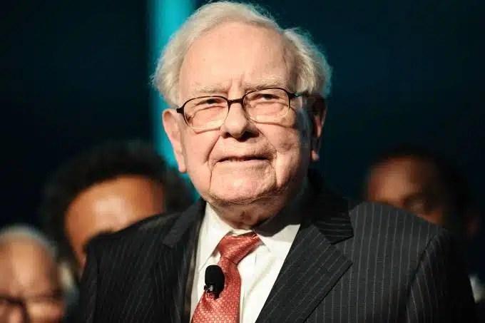 Warren Buffett dona la mitad de su fortuna y deja a Bill y Melinda Gates