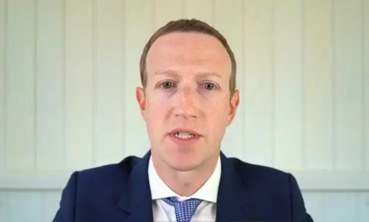 Facebook mantiene suspensión de Trump hasta 2023