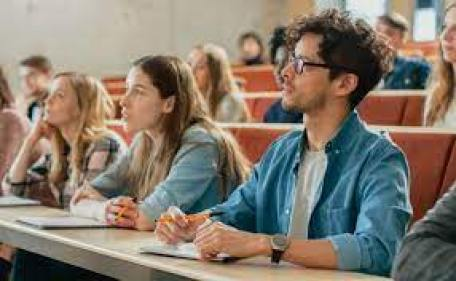 becas universitarias
