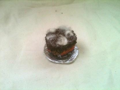Chokladtårta med fluff för tittskåp