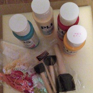 Materialpaket målad kruka med hjärtan