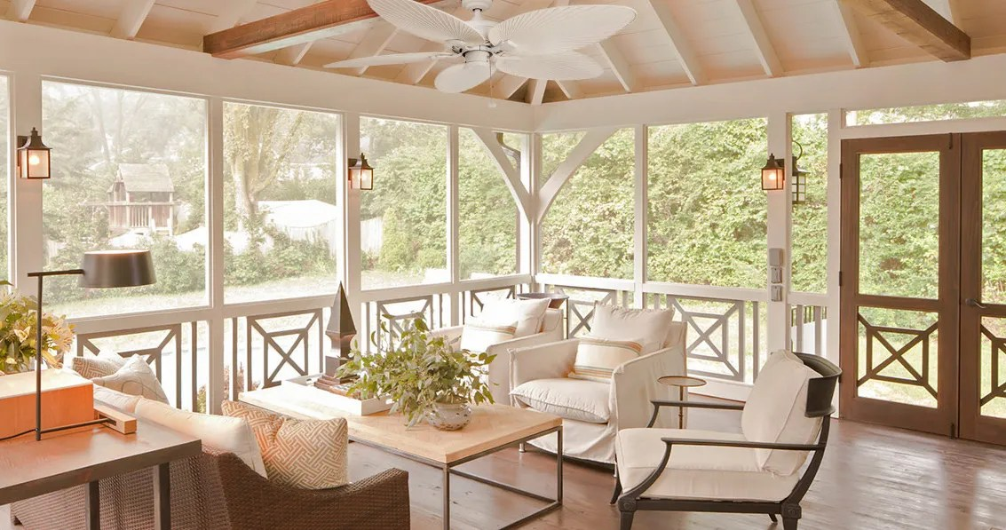 the best outdoor ceiling fans according to interior designers