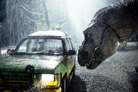 Jurassic Park 3-D Review: Aging Effects Just Make It More Of A Classic