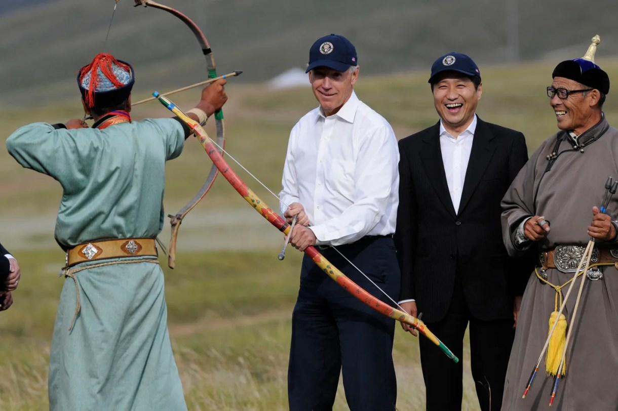 The Adventures of Joe Biden in Mongolia - Slideshow - Daily Intel