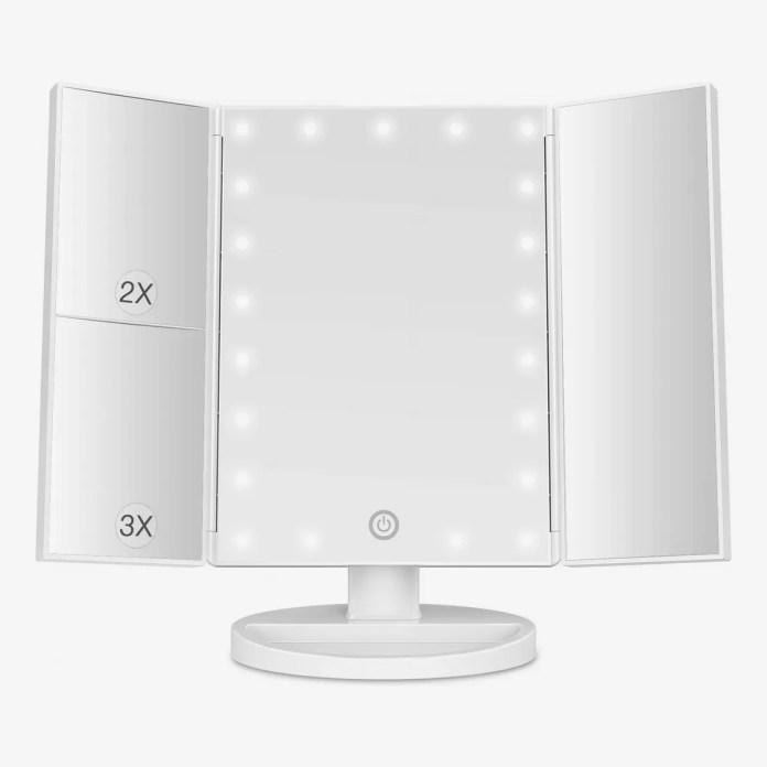 14 Best Lighted Makeup Mirrors 2021 The Strategist New York Magazine