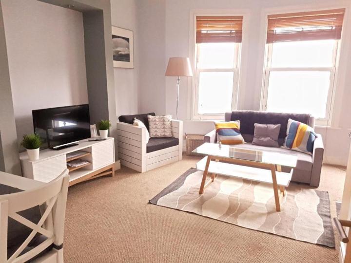oak & avenue apartments, northampton, uk - booking