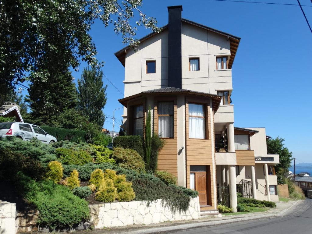 View Hotel BRC (Argentina San Carlos de Bariloche) - Booking.com
