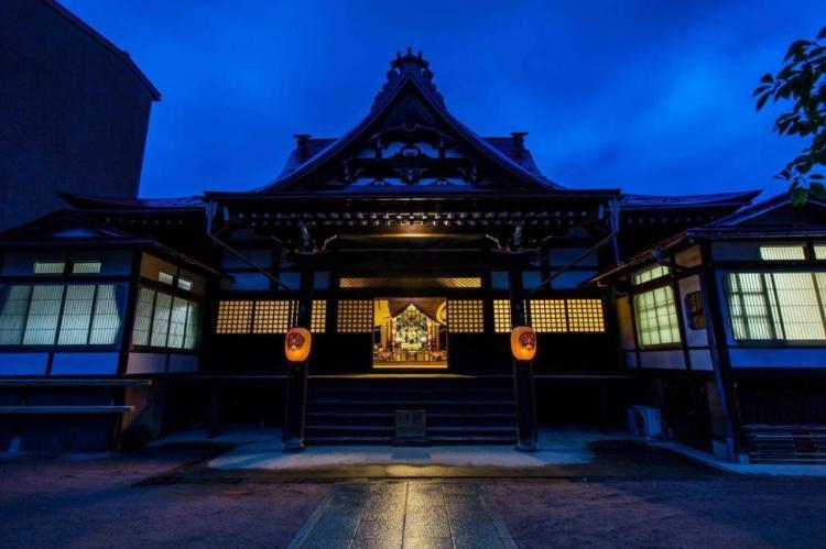 Overnachten in een tempel: Temple Hotel Takayama Zenko-ji