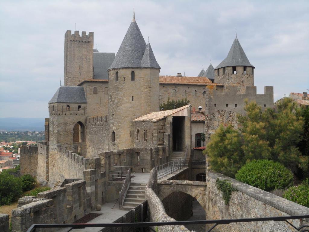 LEchappe Belle Chambres Dhtes Carcassonne