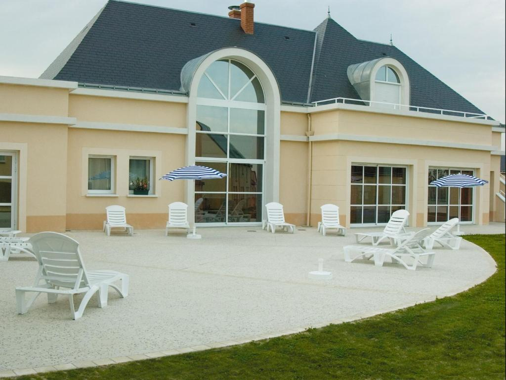 Lagrange Vacances Les Jardins Renaissance Locations De