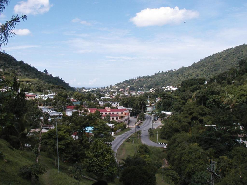 Moniques Guest House Port Of Spain Book Your Hotel