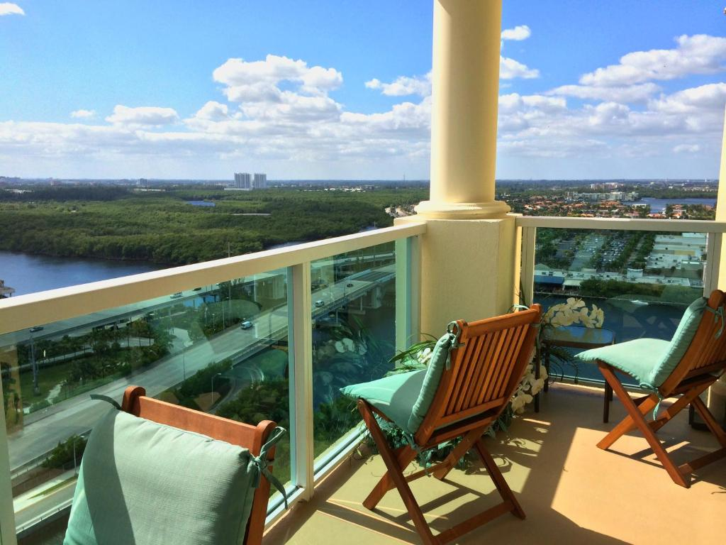 Apartment Intracoastal Yacht Club By Miami TCS Sunny