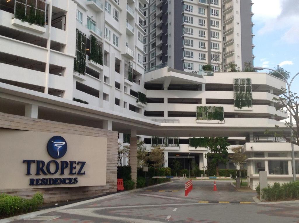 Holiday Condo Tropez Residences Johor Bahru Malaysia