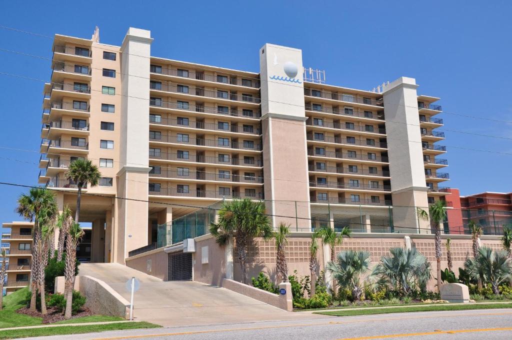 Condo Hotel The Moontide Condominium New Smyrna Beach FL
