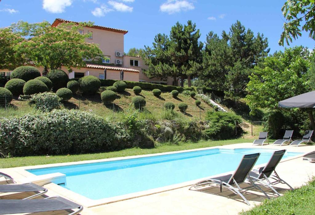 chambres d hotes le jardin de celina chambres d hotes a valensole dans les alpes de haute provence 04 13 km de greoux les bains