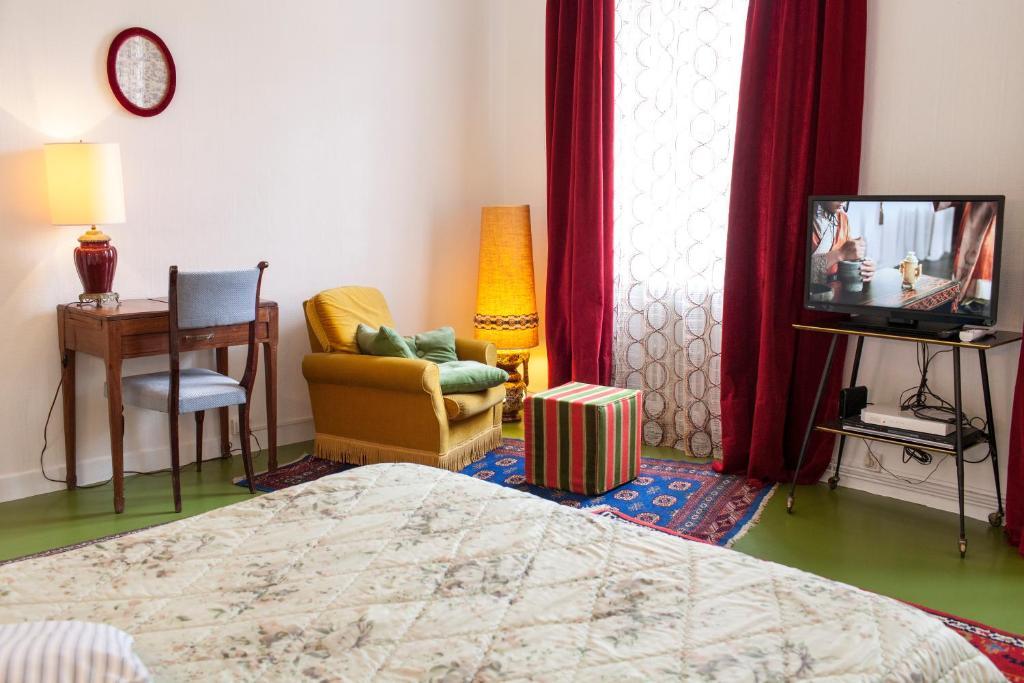 46fm montauban guest house