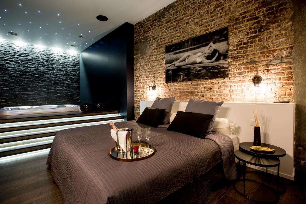 Chambre Avec Spa Sauna Privatif Wohnung Brussels