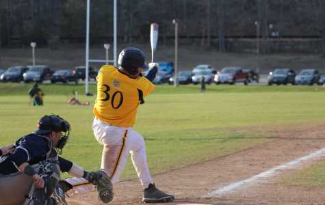 Quinnipiac bats lead charge against Siena, Bobcats win 12-4