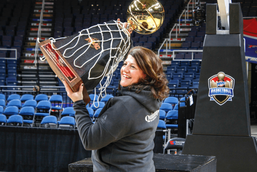 Quinnipiac women's basketball completes 3-peat, runs Marist out of building in MAAC Championship