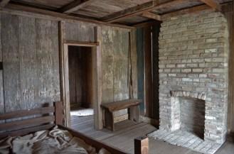 L'intérieur rudimentaire d'une cabine