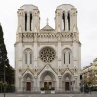 Q SCOOP - Décapitation à la basilique de Nice : au moins trois morts et des blessés