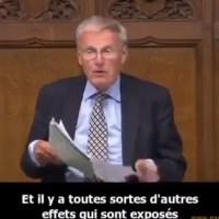 """Grande-Bretagne : Du jamais vu, """"Sir Christopher Chope, membre du Parlement Britannique détaille la liste des effets secondaires""""."""