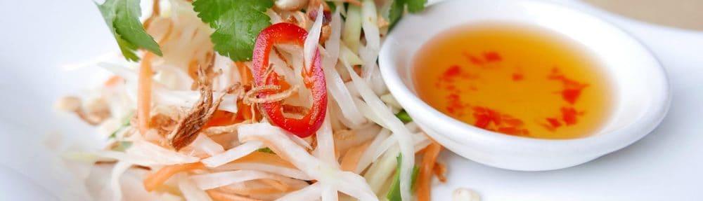 q and t vietnamese kitchen papaya salad