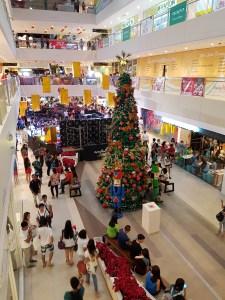 Christmas tree in Ayala Mall Legezpi