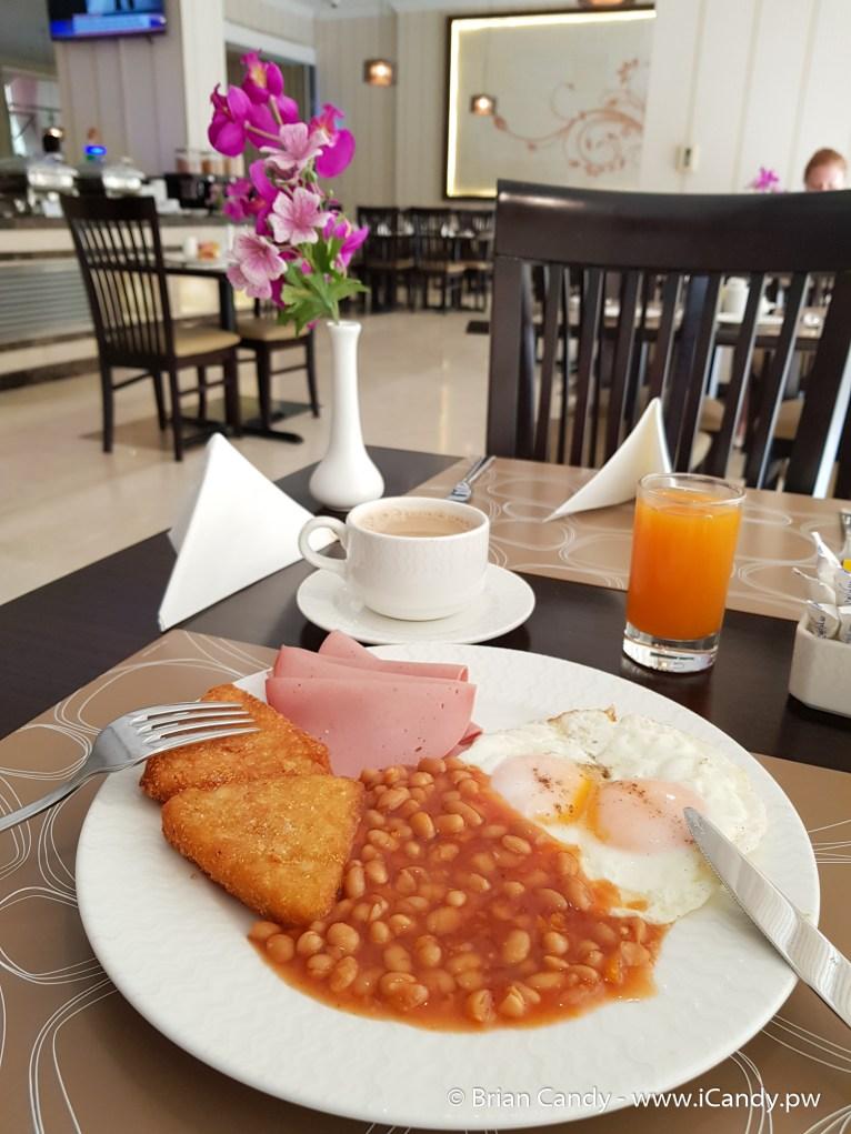 Sapphire Plaza Hotel - Breakfast