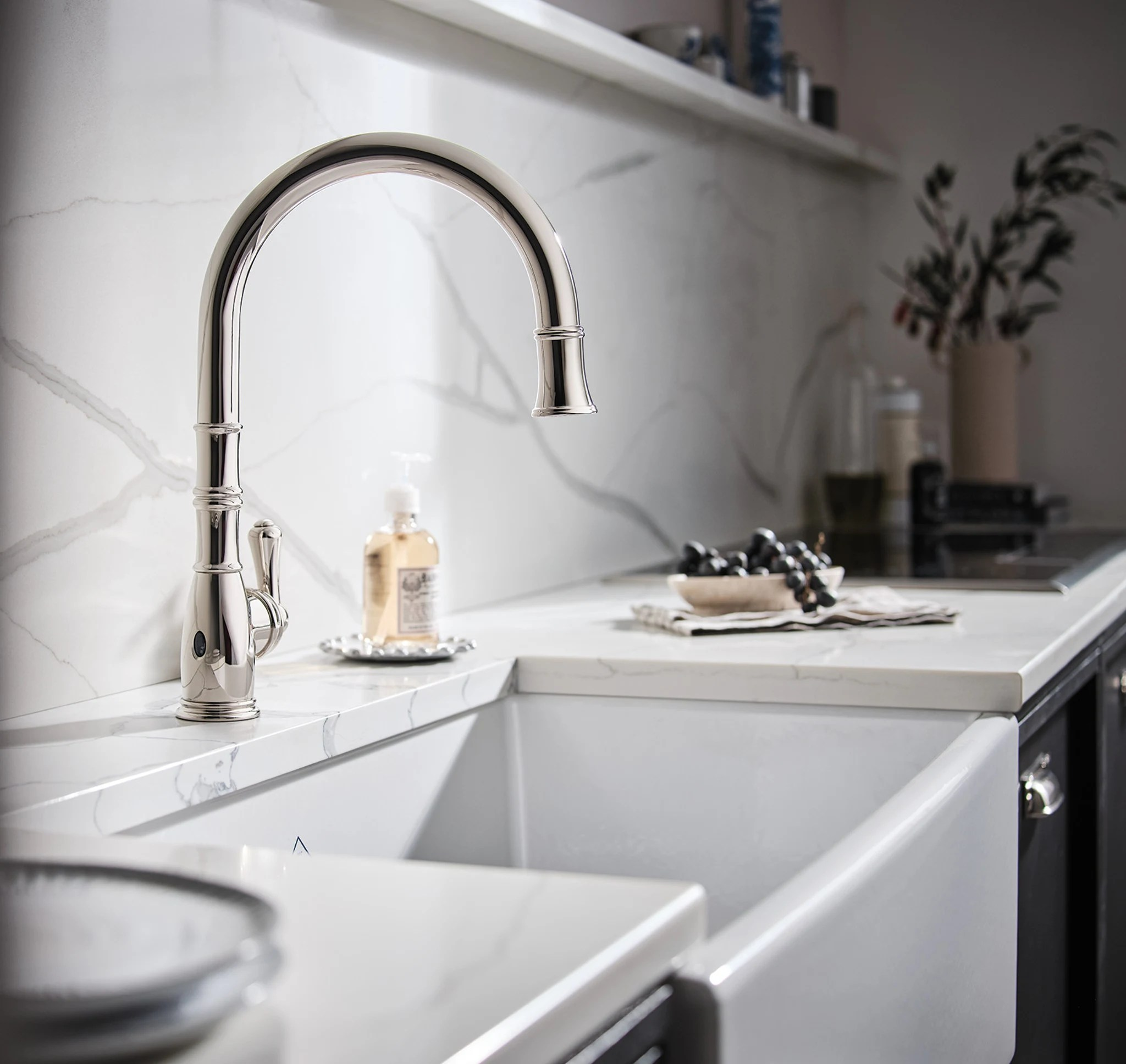 rohl u 4734 perrin rowe georgian era pull down touchless kitchen faucet