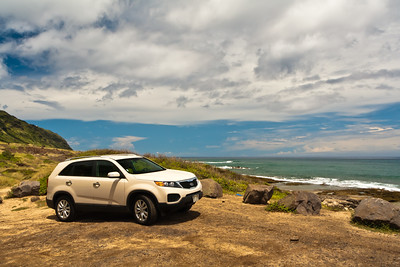 The car for the island: Kia Sorento. Mokuleia, Northwest Oahu