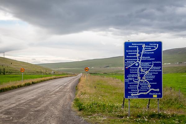 Starting the 168km long F35 Kjölur route through the Icelandic Highlands.