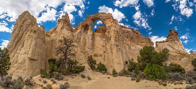 Grosvenor Arch, Cottonwood Canyon Road, Utah