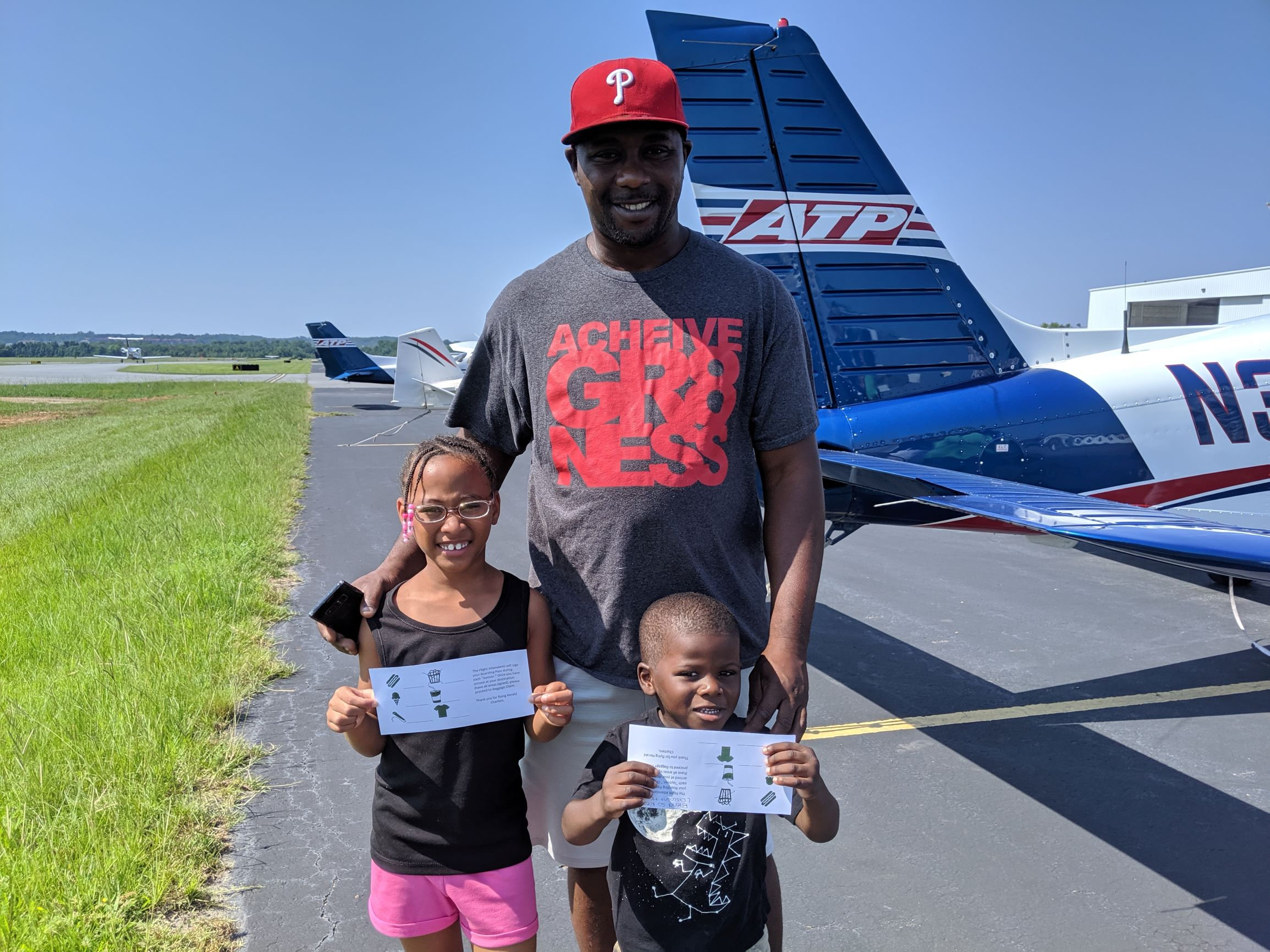 Charlotte pilot establishes private aviation company, exposes youth to diversity-lacking airline industry - Q City Metro