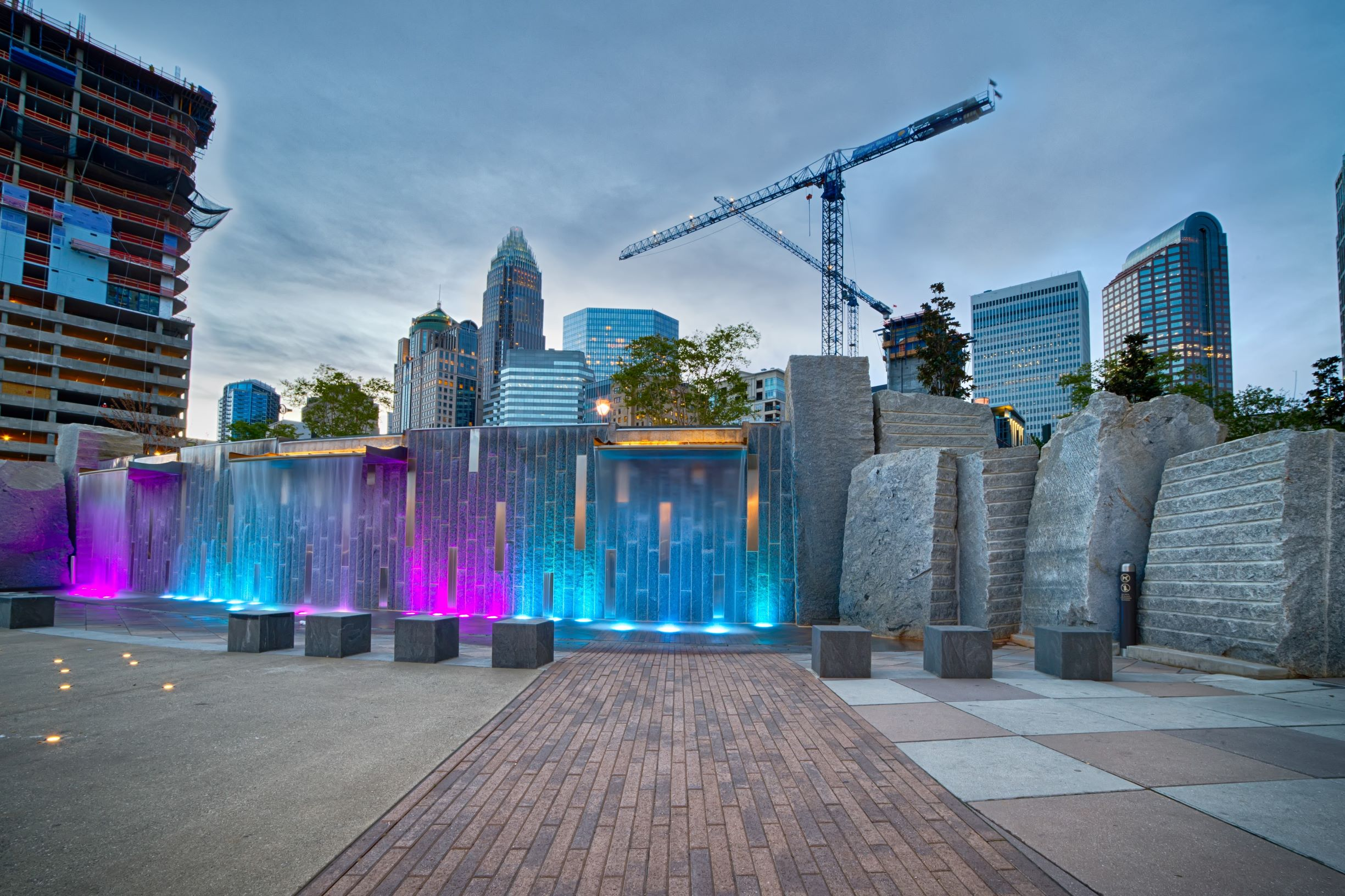 Charlotte-skyline-construction-shutterstock