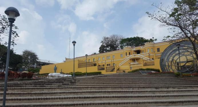 plaza-de-la-democracia-1