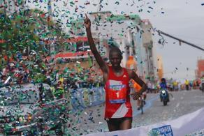 Kenyan Stephen Kibet Tanui took the title in the 42 km San Jose marathon