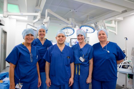 Theatre Team Leader Marilyn Kennedy, Theatre Support Christine Williamson, Consultant Surgeon Mr Zulfi Khan, Sarah Munnelly and Rebekah Smith, who are both Senior Theatre Practitioners