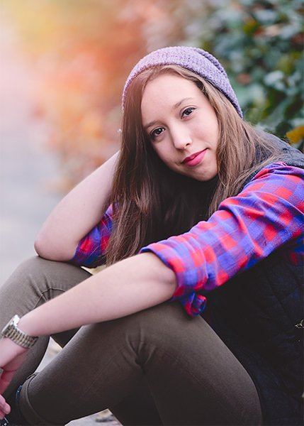 girl's senior portrait at Bancroft castle Q Hegarty Photography photographer Groton, MA